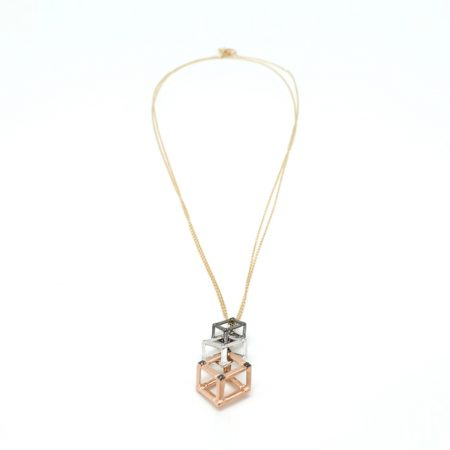Cube | Necklace with three colored cubes in Black
