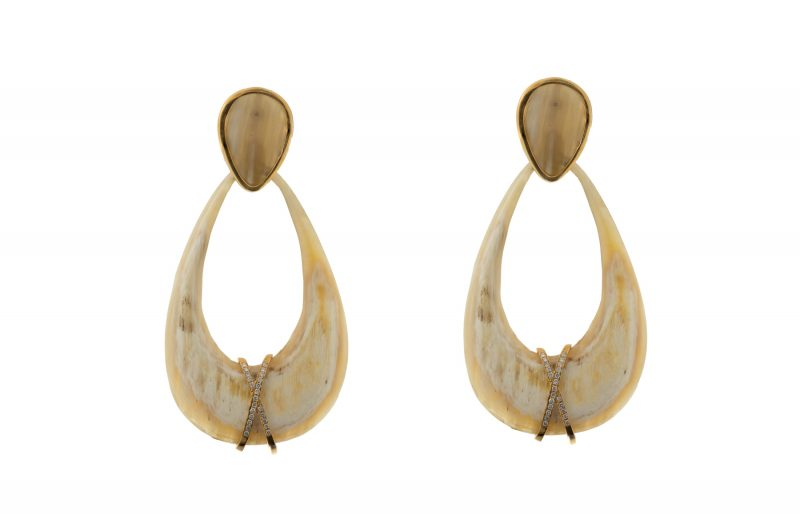 Horn | Light beige gold earrings with diamonds | For Women