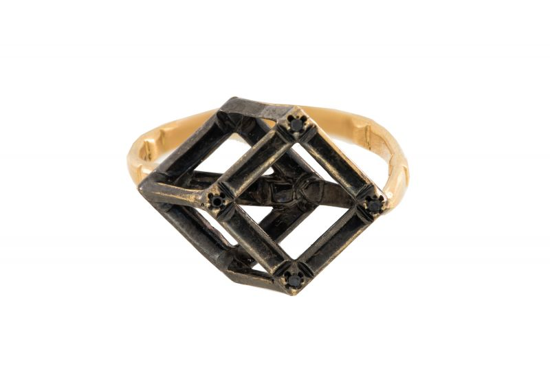 Cube | Rose gold ring with black gold cube | For Women